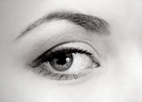 Semi permanent eyeliner example